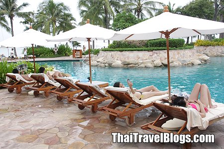 Hotel reservations in many tourist destinations in Thailand at a record high in 3 years