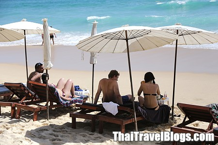 Beating economic slowdown, UK visitors to Thailand remain buoyant