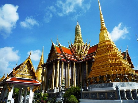 Tourist Arrivals to Thailand Increased by 19% in 2013 to 26.7 Million Visitors