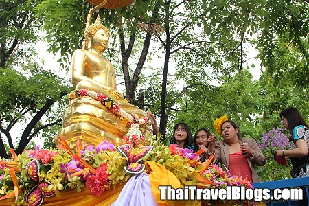 Do's and Don'ts for Celebrating Songkran 2014