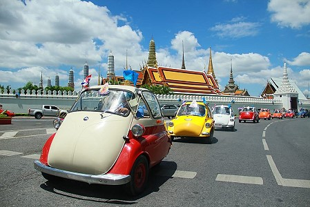 Microcar Parade in Bangkok on Thursday for King's Birthday
