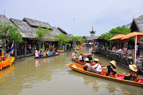 Chinese vote Pattaya Floating Market as