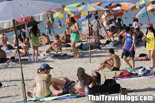Top 10 Nationalities to Visit Thailand January to June 2015