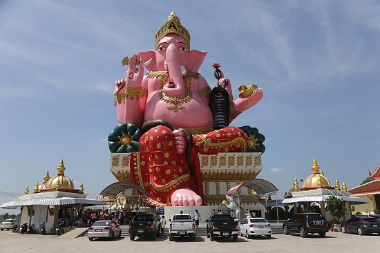 Three Giant Ganesha Statues in Chachoengsao Province