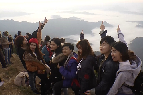 Phu Chi Fa in Chiang Rai continues to attract tourists