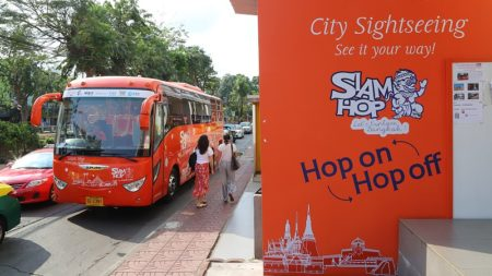 Bangkok's latest sightseeing bus service for tourists is called Siam Hop